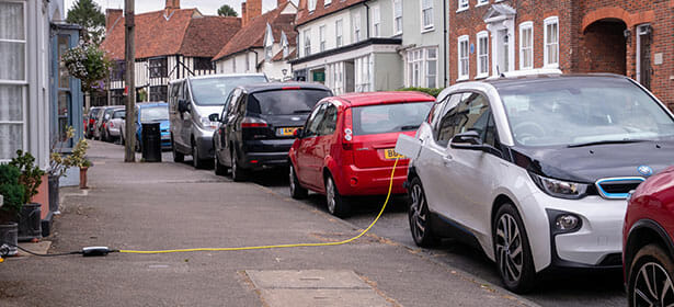 Electric Vehicles and the challenges for the future of planning and development